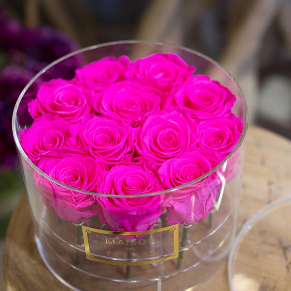 Box-plexiglas-12-roses-roses-paris-fleuriste