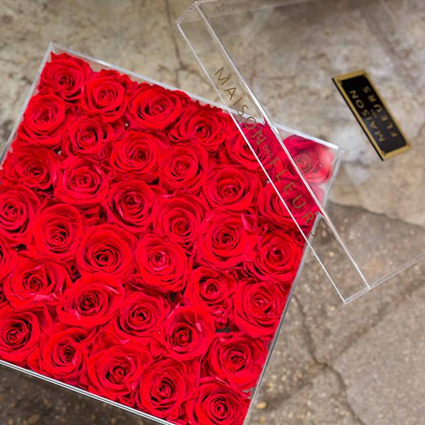 Box-plexiglas-36-roses-paris-fleuriste