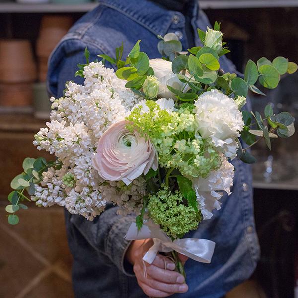 Bouquet-Cueillette-du-printemps-la-maison-des-fleurs-Paris-5eme-Fleuriste