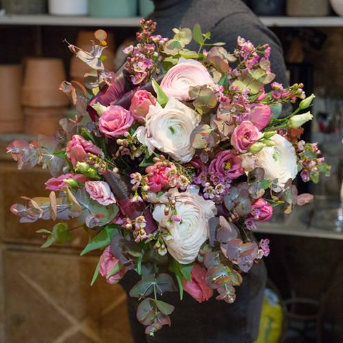 Bouquet-Douceurs-dhiver-la-maison-des-fleurs-Paris-5eme