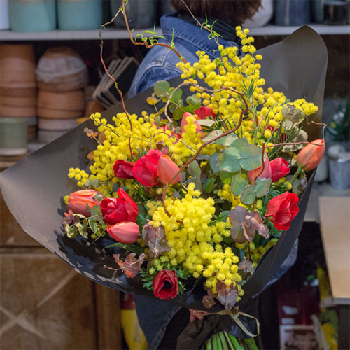 Bouquet-fuego-la-maison-des-fleurs-Paris-5eme-Fleuriste