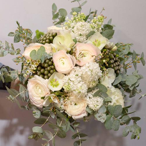 Bouquet-rose-poudrée-la-maison-des-fleurs-Fleuriste-Paris-5eme