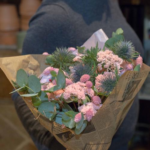 Fleuriste-paris-5eme-Explosions-de-couleurs-fleurs-sechees-Maison-des-fleurs