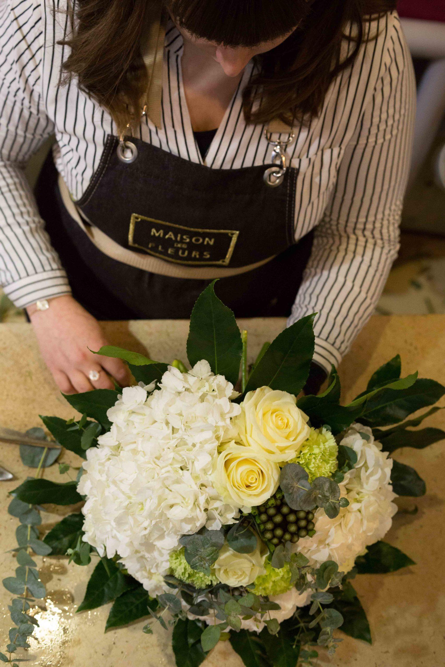 Maison-des-Fleurs-Bouquet-fleurs-blanches-Fleuriste-paris