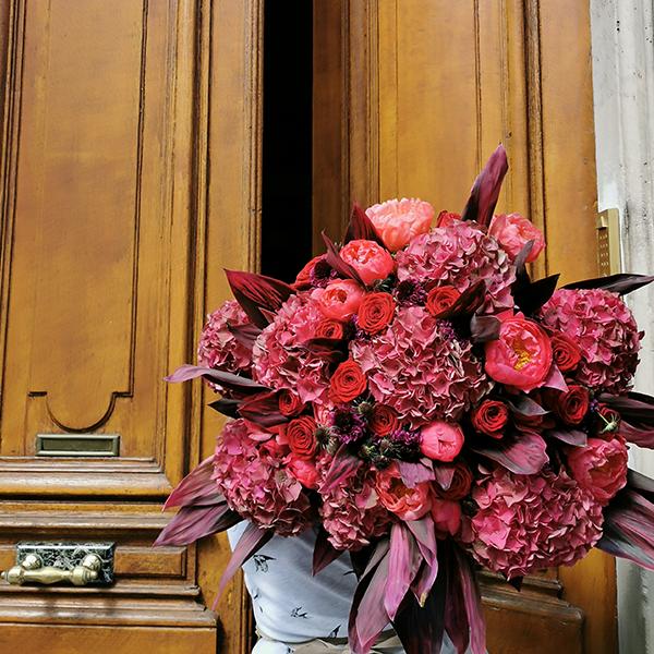 Bouquet-Fuschia-La-Maison-Des-Fleurs-Paris-Fleuriste