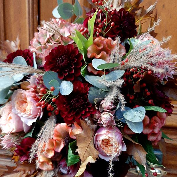 Bouquet-esprit-octobre-fleuriste-La-maison-des-fleurs-paris5eme